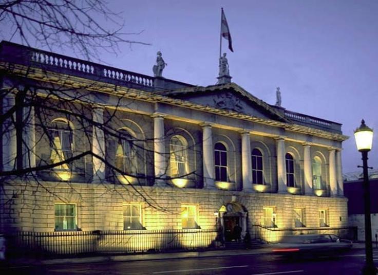 Surgeons building Dublin